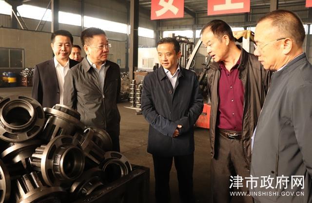 黄旭峰调研装备制造企业发展情况